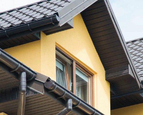 Podbití střechy cena